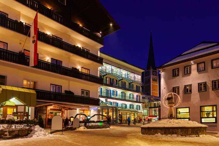 Skiing and shopping: your vacation becomes glamorous!