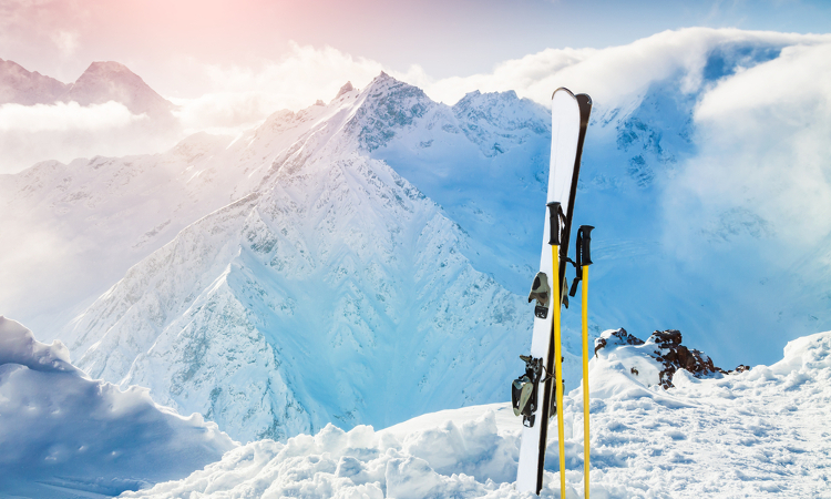 online ski rental, save in safety